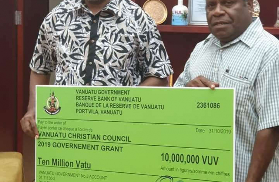 The Prime Minister Charlot Salwai donated 10 million vatu to the VCC